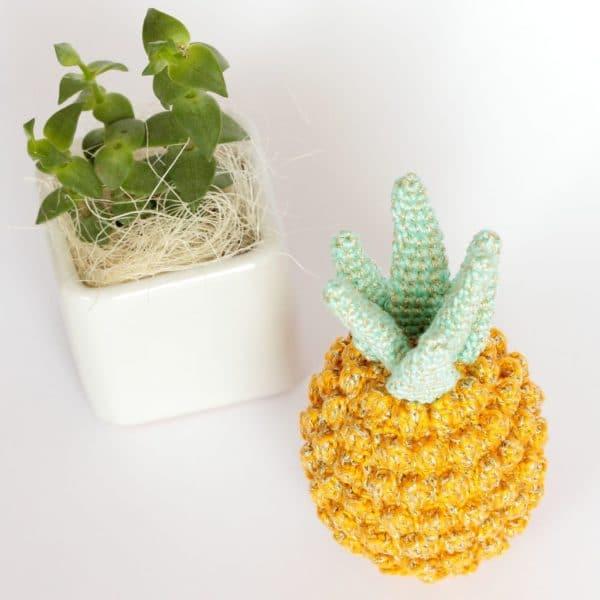 Ananas décoratif au crochet