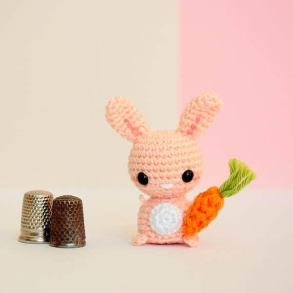 Lapin carotte crochet