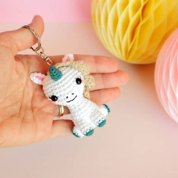 porte clés licorne au crochet