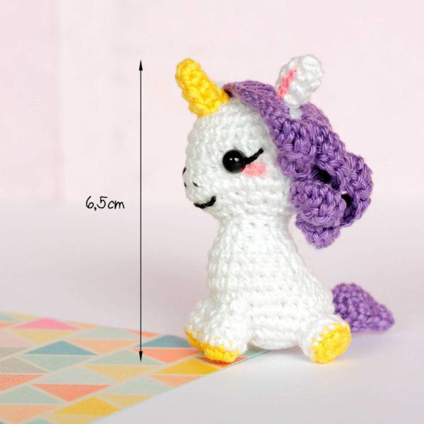 Petite licorne amigurumi