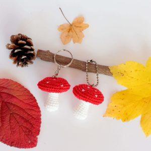 Porte clés champignon au crochet