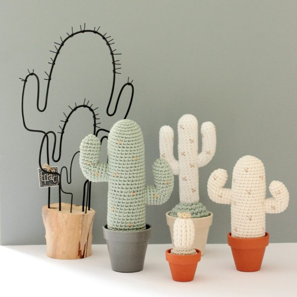 collection de cactus au crochet