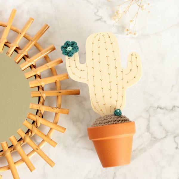 Cactus du désert bois crochet