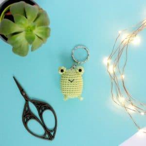 Porte clés grenouille au crochet