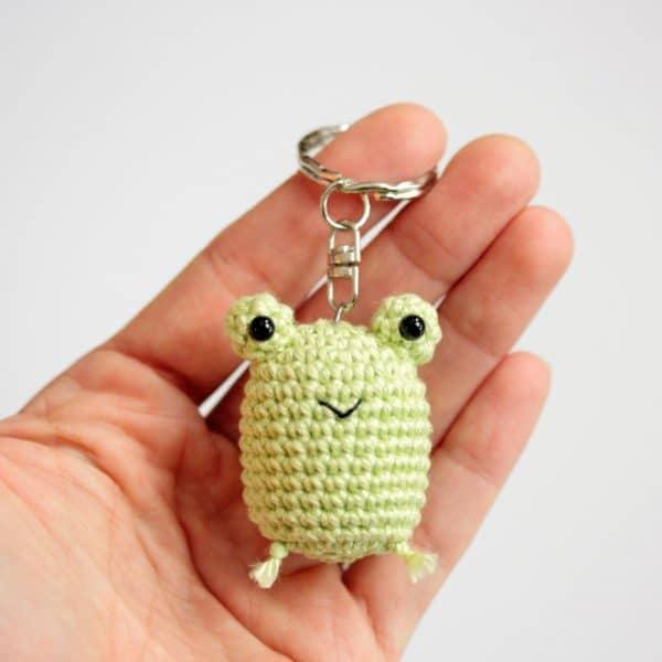 Porte clés grenouille crochet