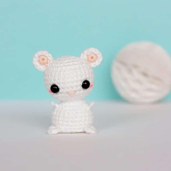 souris miniature crochet